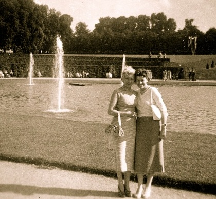 Oma and Trudy in Stuttgart