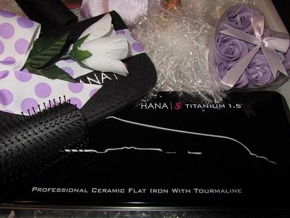 Hana flat iron