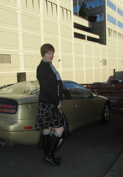 circle skirt and gold car
