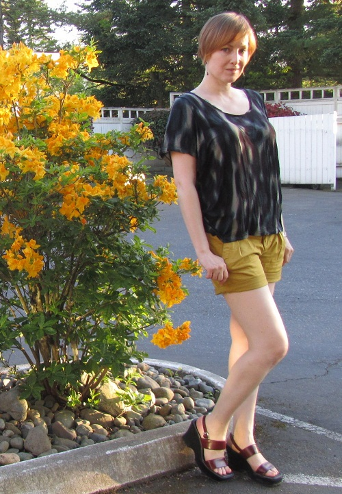 mustard shorts
