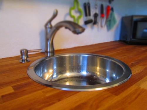 a new, round sink