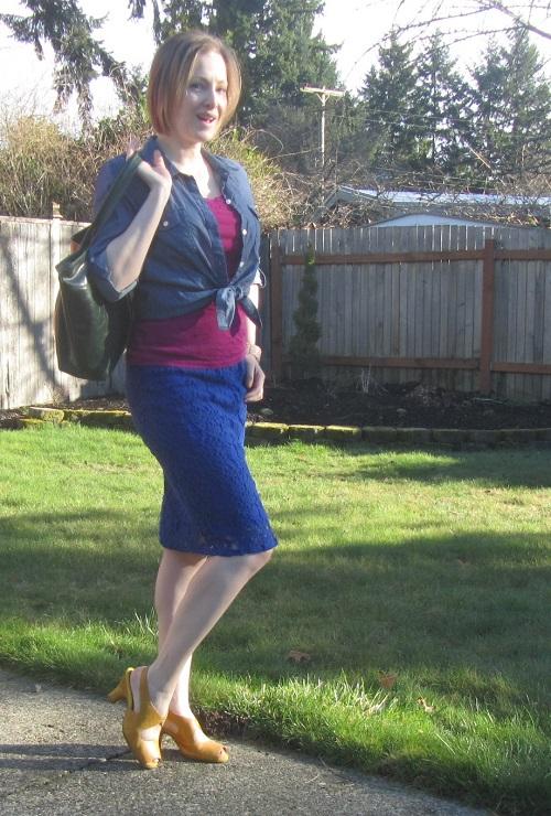5de3e2767f Dressing Down a Pencil Skirt | jeanofalltrades